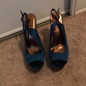 Sling back heels
